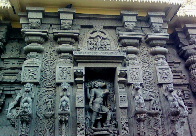 lord varaha stone statue