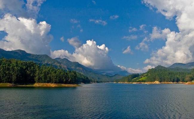 view-of-lake-mattupetty