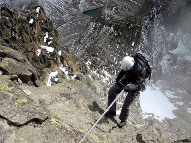 rock-climbing-in-mashorba